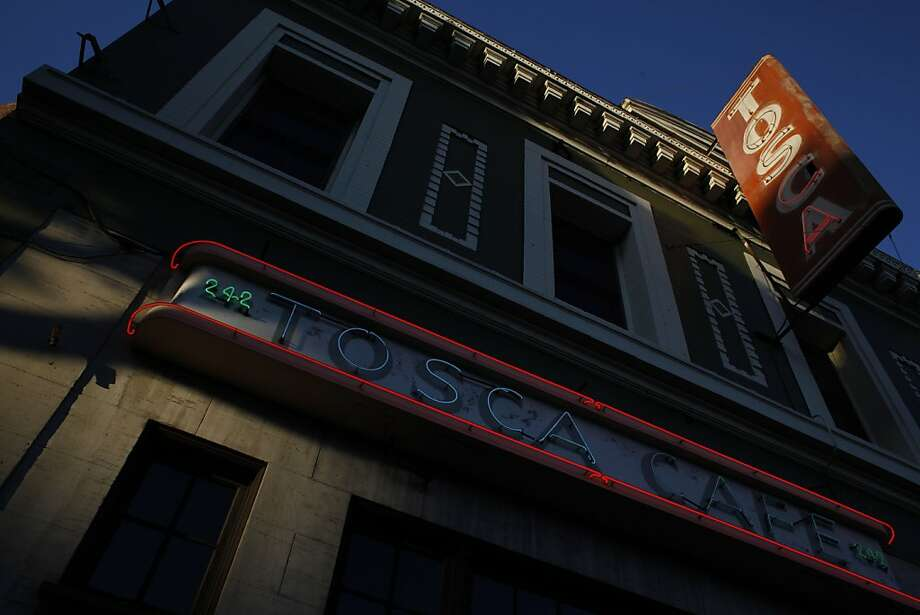 The outside of Tosca Cafe is seen as the sun sets on Sunday, May 19, 2013. Tosca Cafe in San Francisco, Calif., will be closing for a renovation and crowds gathered out the door to bid the San Francisco icon farewell on Sunday, May 19, 2013. Photo: Carlos Avila Gonzalez, The Chronicle