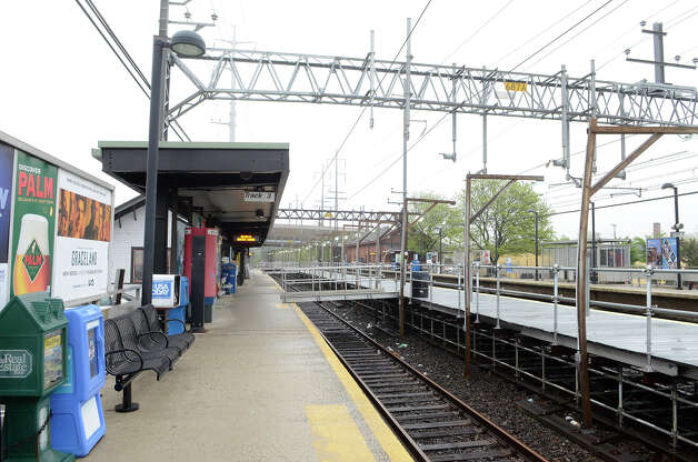 The downtown Fairfield train platform is unusually empty at about 6:45am on Monday, May 20, 2013, as the Friday train crash left Fairfield with no train service. Photo: Shelley Cryan / Shelley Cryan for the CT Post/ freelance Shelley Cryan