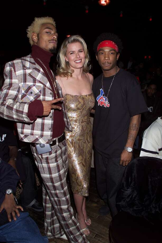 Co-host Vendela with judges JaRule(on right) and MTV VJ Teck at Ford's 'Supermodel of the World Search' at Studio 54 in New York in 2000.