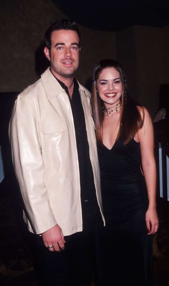 MTV VJ Carson Daly poses with reigning Miss USA Kimberly Ann Pressler January 11, 2000 at the 2000 Miss USA pageant launch party in New York City.