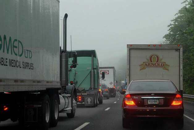 Trafrfic on 95 backs up around 6:30 am between Bridgeport and Fairfield, Conn. on Monday May 20, 2013. Photo: Dru Nadler / Stamford Advocate Freelance