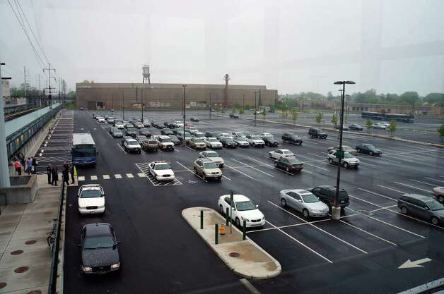 Commuter traffic at the Fairfield Metro station was also light on Monday, with few takers for the buses that were made available. Photo: Genevieve Reilly / Fairfield Citizen