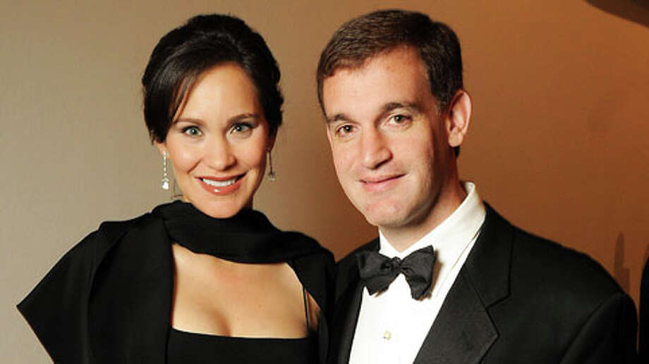 Laura and John Arnold at the Museum of Fine Arts Houston 's 2010 Grand Gala Ball  Friday Oct. 01, 2010. Photo: Dave Rossman, . / Freelance