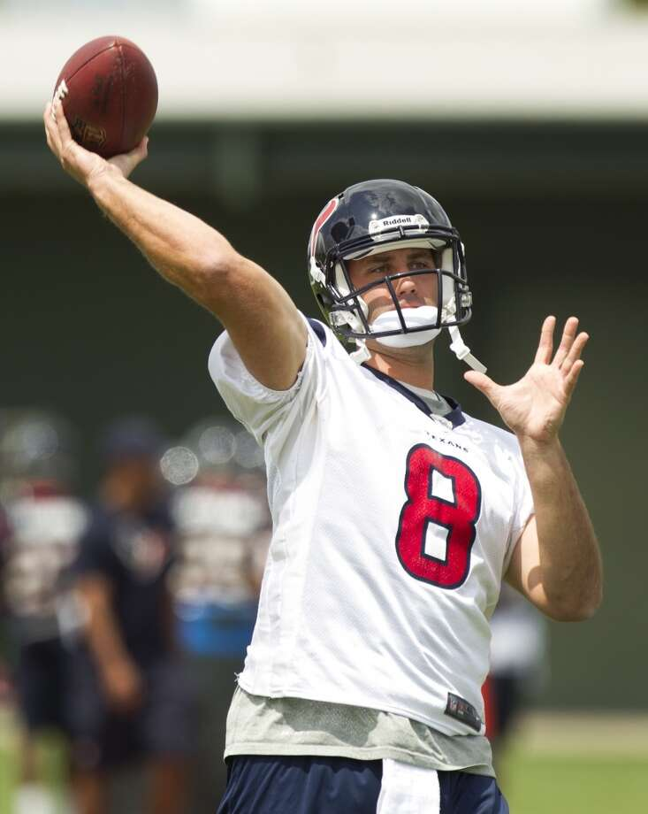Texans quarterback Matt Schaub throws a pass.