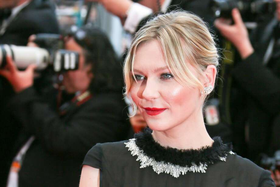 Kirsten Dunst attends the Premiere of 'Inside Llewyn Davis' at The 66th Annual Cannes Film Festival on May 19, 2013 in Cannes, France.