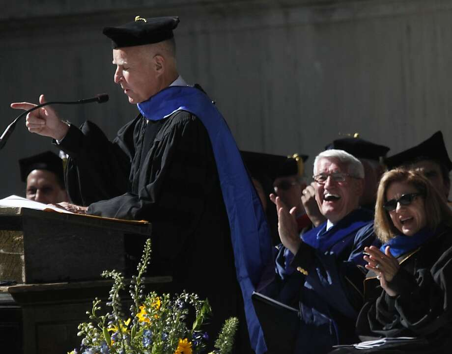 Anne Gust Brown (right) and UC Berkeley Chancellor Robert Birgeneau laugh as Gov. Jerry Brown makes a point in the commencement address for Cal political science students. Photo: Lea Suzuki, The Chronicle