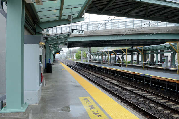 Fairfield CT's Fairfield Metro train station is unusually empty just after 7am on Monday morning, May 20, 2013. There is no train service in Fairfield today due to Friday's train crash. Photo: Shelley Cryan / Shelley Cryan for the CT Post/ freelance Shelley Cryan