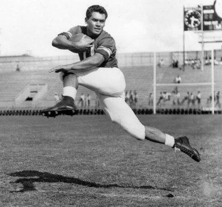 'Hawaii 5-0' actor, football star and politician Herman Wedemeyer, St. Mary's Photo: Honolulu Star-Bulletin, File