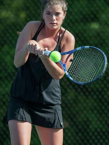 Fairfield Ludlowe high school's Sarah Boyle returns a shot during an FCIAC girls tennis semifinal doubles match against Staples high school's Alex Collins and Callie Bartimer played at Fairfield Ludlowe high school, Fairfield, CT on Monday May 20th, 2013. Sarah's doubles partner was Colleen Fitzpatrick. Photo: Mark Conrad / Connecticut Post Freelance