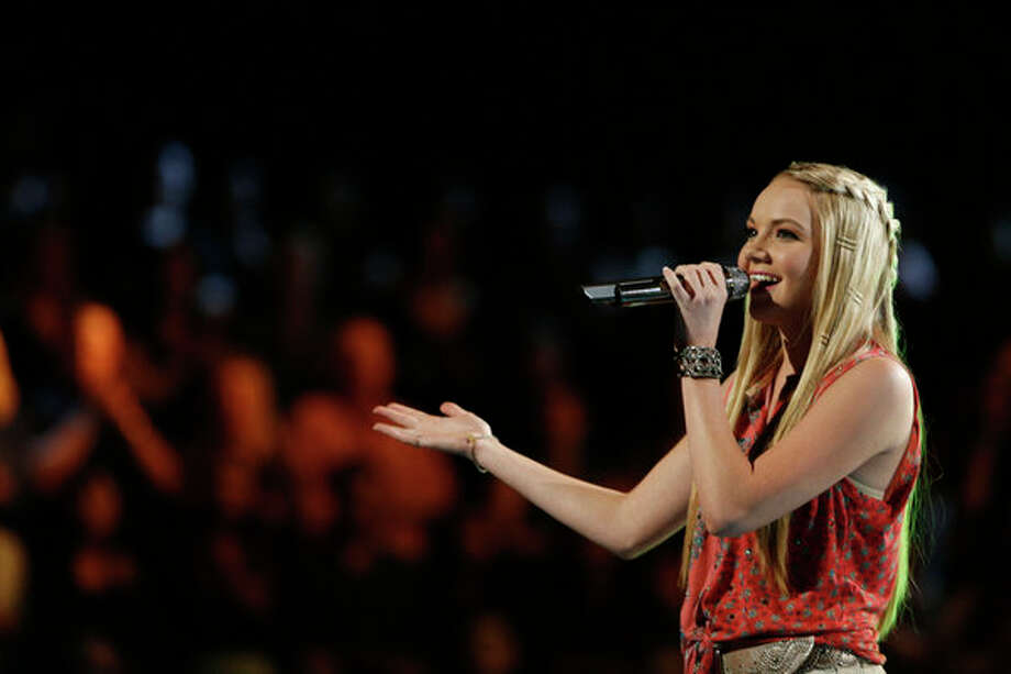 "THE VOICE -- Episode 415A ""Live Show"" -- Pictured: Danielle Bradbery -- Photo: NBC, Trae Patton/NBC / 2013 NBCUniversal Media, LLC"