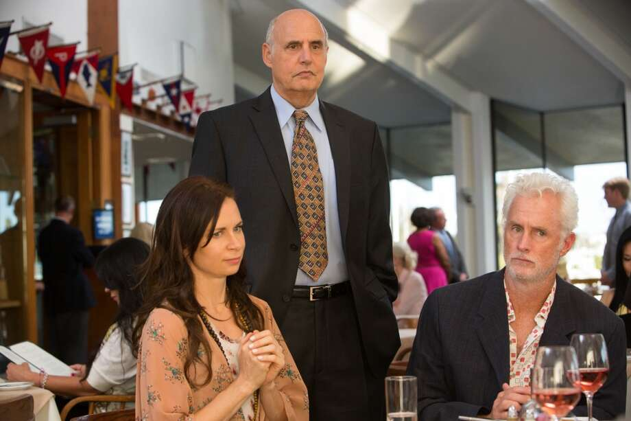 "Guest star Mary Lynn Rajskub (L) Jeffrey Tambor (C) and guest star John Slattery (R) in a scene from Netflix's ""Arrested Development."""