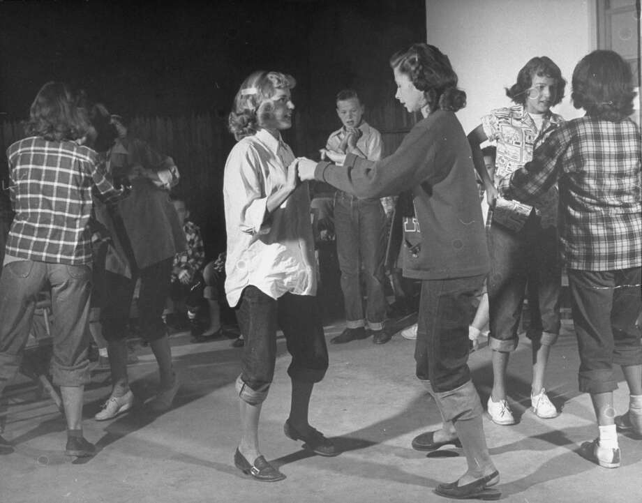 Teenagers dancing in 1948.