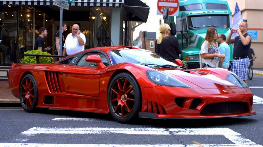Saleen S7 Twin-Turbo: 248 mph, 0-60 in 2.8 secs.