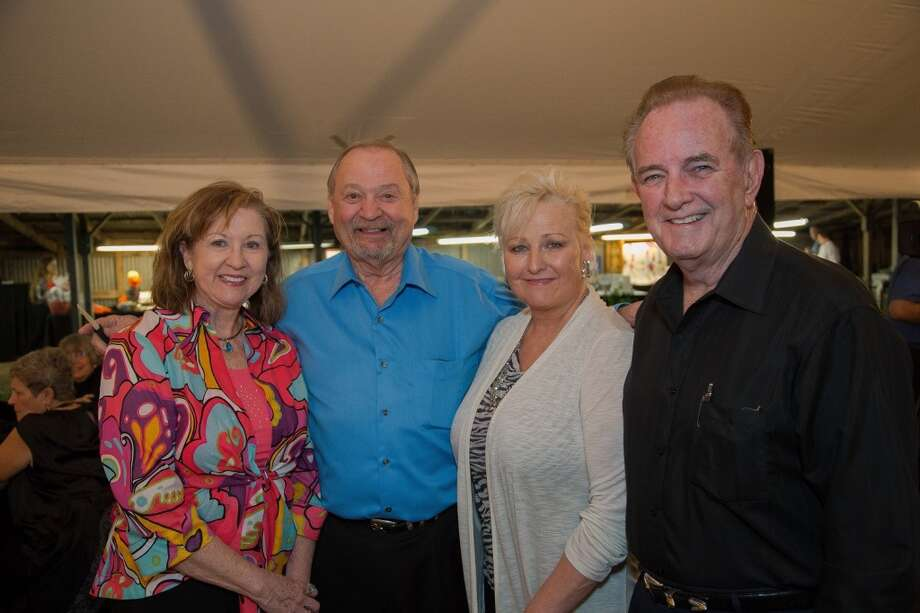 Sue Mease, Roy Mease, Jeanie Isbell, Mayor Isbell