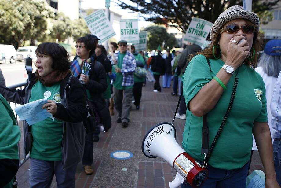UCSF Medical Center workers strike - SFGate
