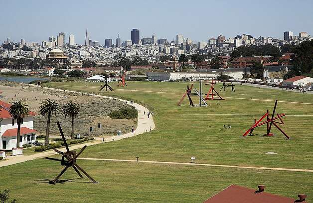"""Mark di Suvero at Crissy Field,"" an off-site SFMOMA project, displays di Suvero's ability to work large without grandiloquence. Photo: Matthew Millman, © Matthew Millman"