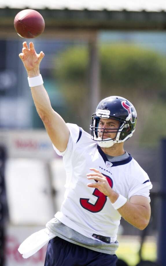 Texans quarterback Stephen McGee throws a pass.