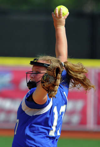 Fairfield Ludlowe's Brigette Anderson pitches, during FCIAC Softball Championship semi-final action against New Canaan at Sacred Heart University in Fairfield, Conn. on Tuesday May 21, 2013. Photo: Christian Abraham / Connecticut Post