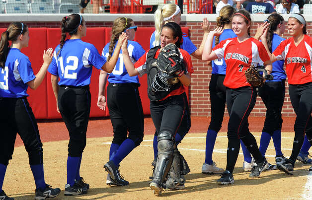 FCIAC Softball Championship semi-final action between New Canaan and Fairfield Ludlowe at Sacred Heart University in Fairfield, Conn. on Tuesday May 21, 2013. Photo: Christian Abraham / Connecticut Post