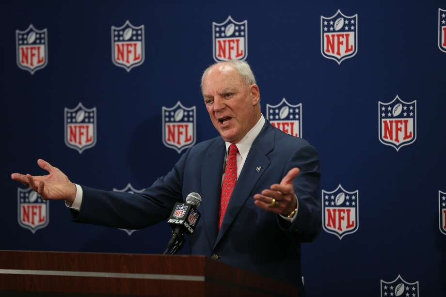 Houston Texans owner Bob McNair addresses the media after Houston was awarded the 51st Super Bowl by the NFL owners today at the NFL League Meetings in Boston.