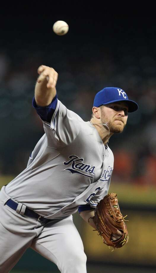 Royals starting pitcher Wade Davis pitches during the first inning.