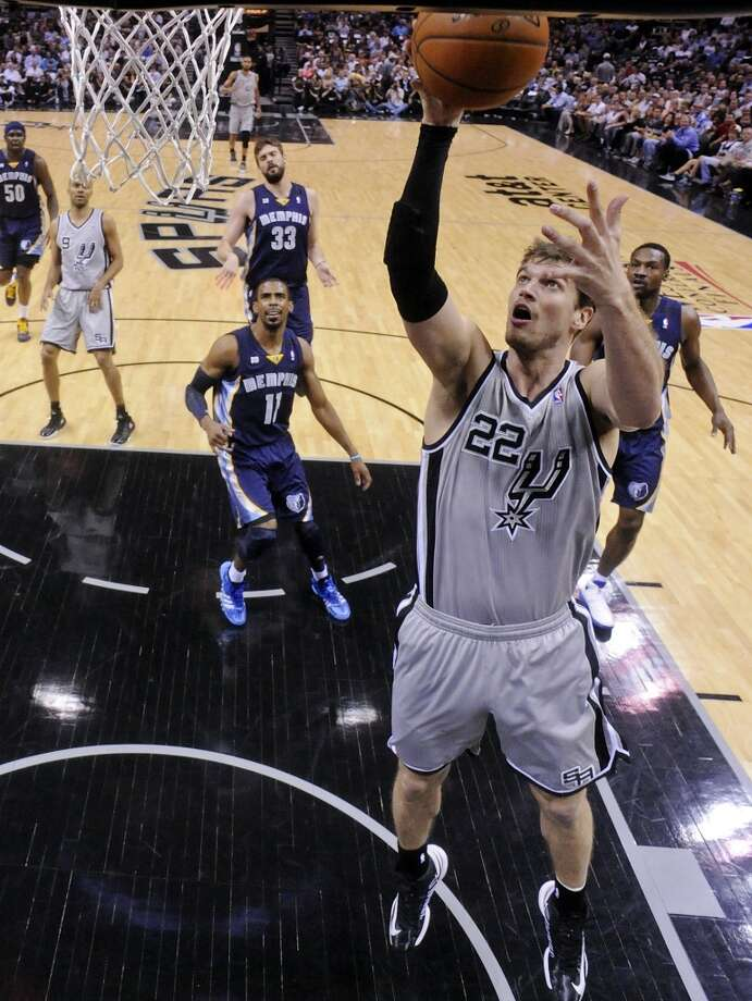 The Spurs' Tiago Splitter shoots during first half action in Game 2 of the 2013 Western Conference finals against the Memphis Grizzlies on Tuesday, May 21, 2013 at the AT&T Center.