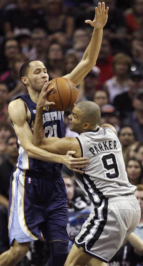 The Spurs' Tony Parker looks for room around the Grizzlies' Tayshaun Prince during first half action in Game 2 of the 2013 Western Conference finals Tuesday, May 21, 2013 at the AT&T Center.