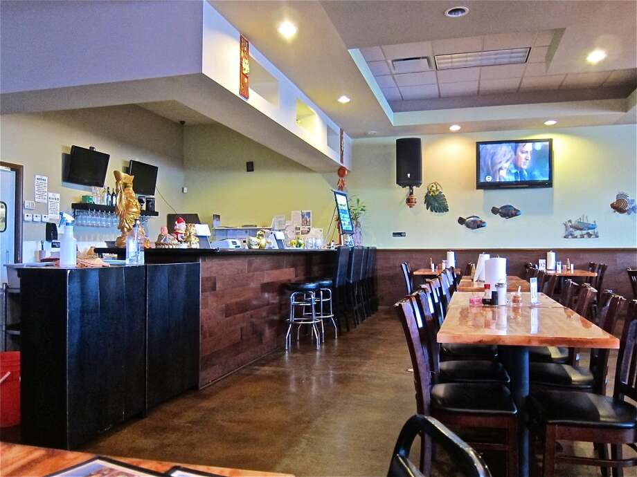 The dining room during a mid afternoon lull at Cajun Kitchen. Photo: Alison Cook, Houston Chronicle