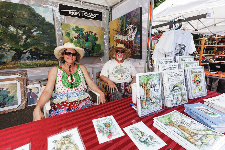 Jodi Stauffer (left) and Thom Ricks relax in their booth during Best of BoerneFest 2013 at Main Plaza in Boerne on Saturday, May 18, 2013.  Photo by Marvin Pfeiffer / Prime Time Newspapers Photo: MARVIN PFEIFFER, Marvin Pfeiffer / Prime Time New / Prime Time Newspapers 2013
