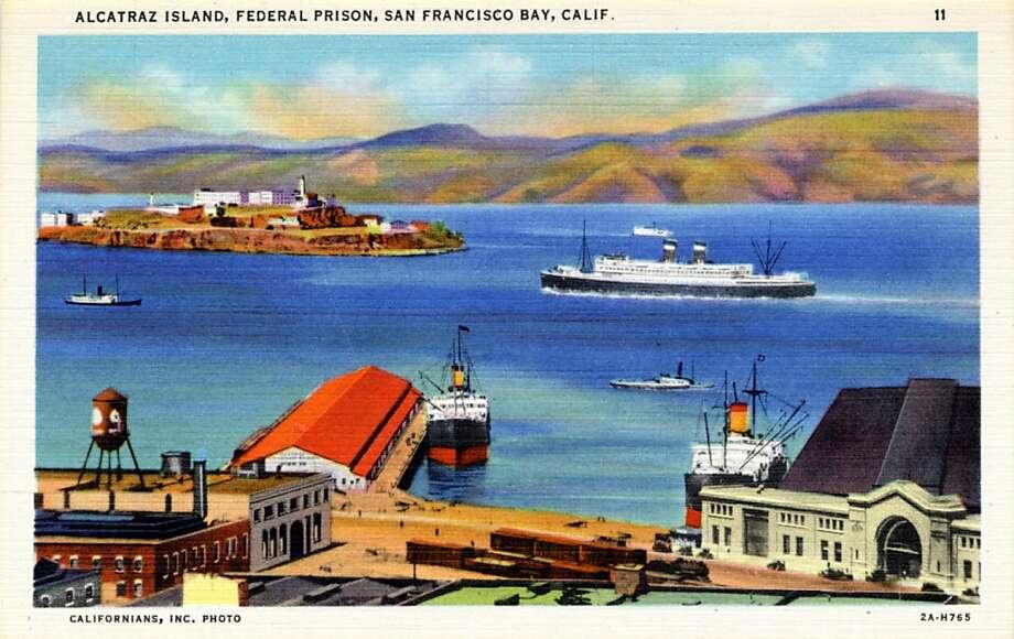 Vintage linen postcard showing Alcatraz Island.  Photo: Curt Teich Postcard Archives
