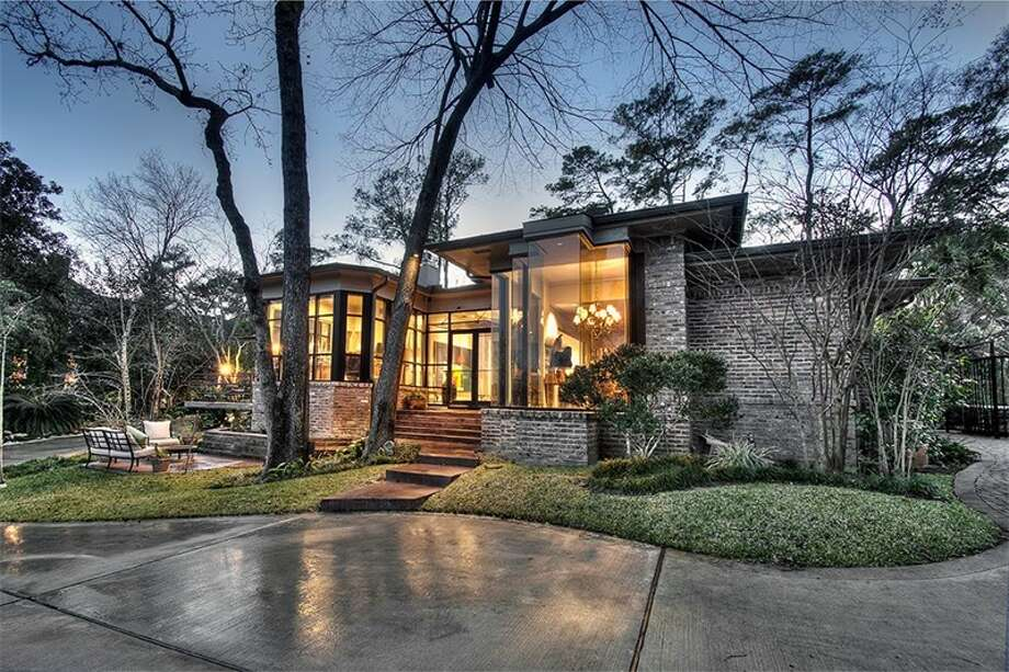 201 Shasta Drive, HoustonThis home was originally listed for $2.89 million, but the price has been cut by more than $191,000. The asking price is now $2.7 million. Photo: HAR.com