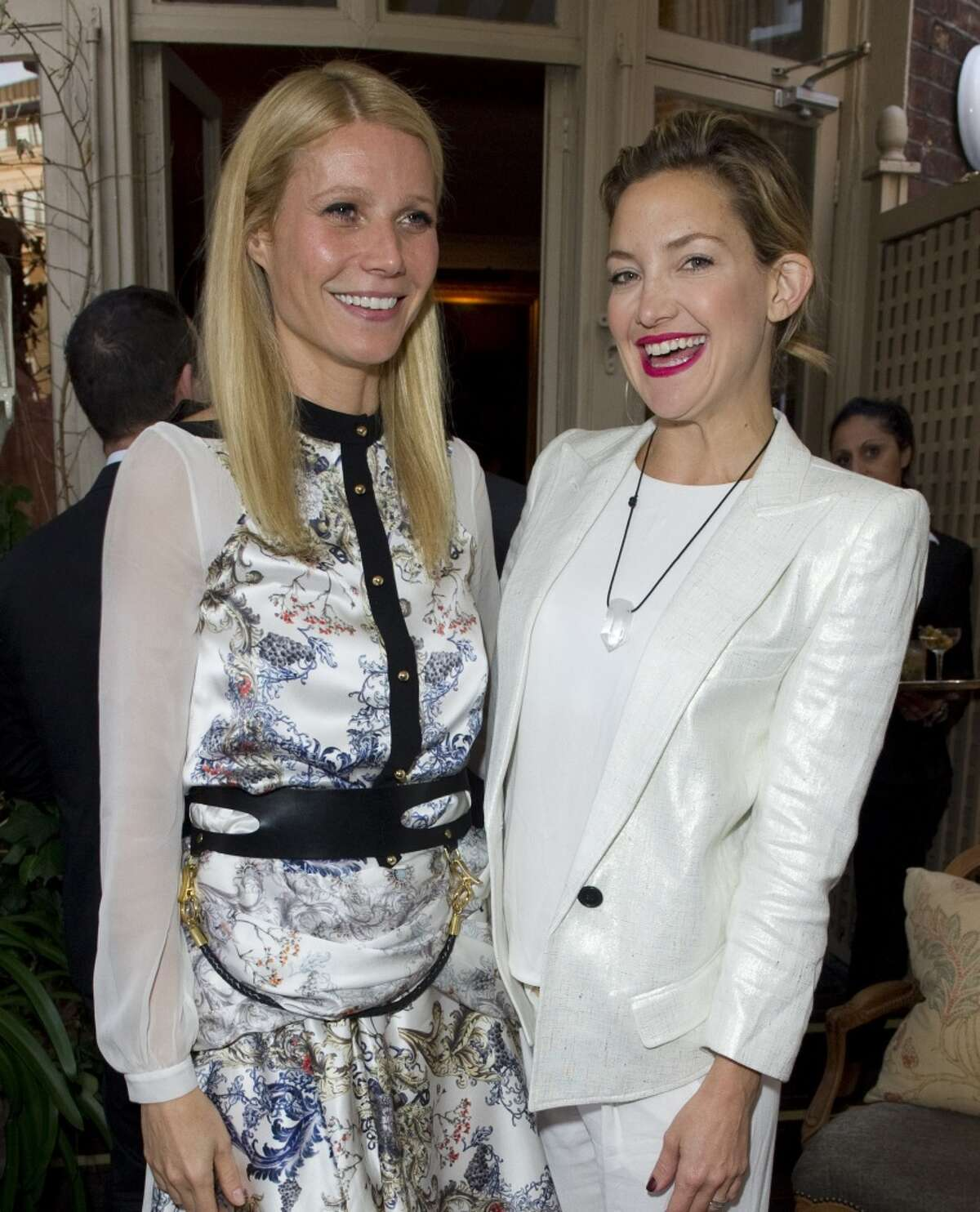LONDON - MAY 21: Gwyneth Paltrow and Kate Hudson pose at Goop's party to launch the summer season, at Mark's Club on May 21, 2013 in London, England. (Photo by David M. Benett/Getty Images)