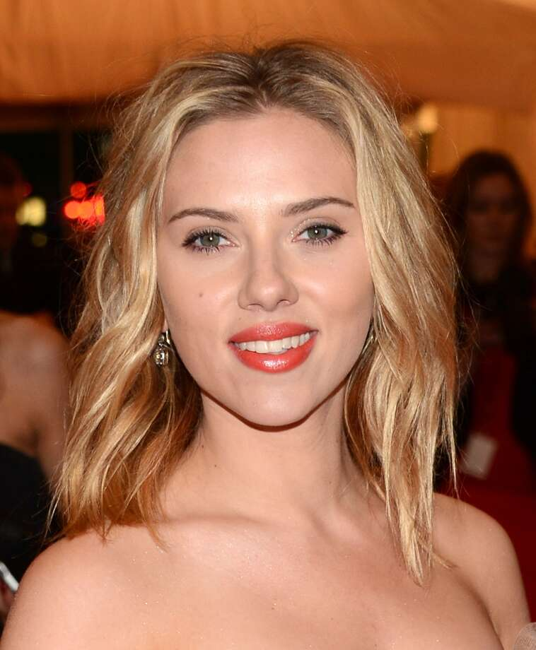 """NEW YORK, NY - MAY 07:  Scarlett Johansson attends the """"Schiaparelli And Prada: Impossible Conversations"""" Costume Institute Gala at the Metropolitan Museum of Art on May 7, 2012 in New York City.  (Photo by Dimitrios Kambouris/Getty Images)"""