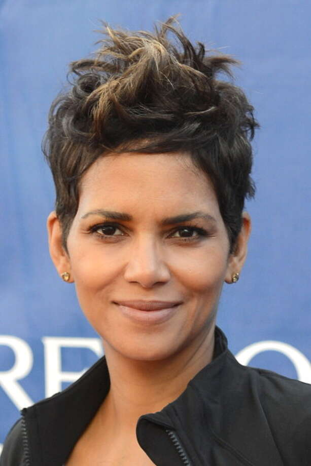 Many aim to imitate Berry's crop. The style looks great on those with Berry's strong bone structure. Here she tousles it, putting her own spin on the pixie. Photo: Jonathan Leibson, WireImage / 2013 Jonathan Leibson