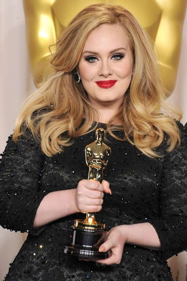 HOLLYWOOD, CA - FEBRUARY 24:  Adele poses at the 85th Annual Academy Awards at Dolby Theatre on February 24, 2013 in Hollywood, California.  (Photo by Steve Granitz/WireImage)