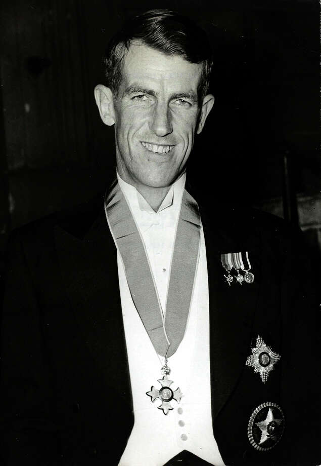 The conqueror of Everest Edmund Hillary, knighted for his achievements, New Zealander Edmund Hillary was the first man to reach the summit of Mount Everest on 29th May 1953 alongside his Sherpa guide Tensing Norgay. Photo: Paul Popper/Popperfoto, Popperfoto/Getty Images / Popperfoto