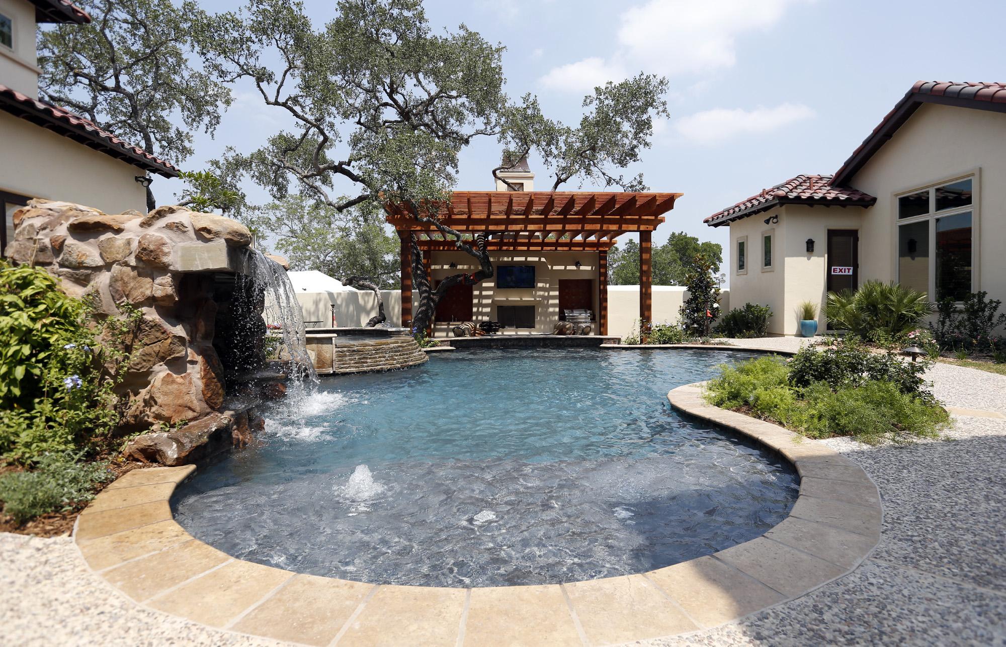 Green homes on parade - San Antonio Express-News