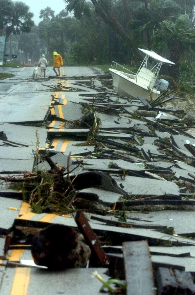 Hurricane Frances, 2004Frances hit Florida on Labor Day weekend, just weeks after Hurricane Charley