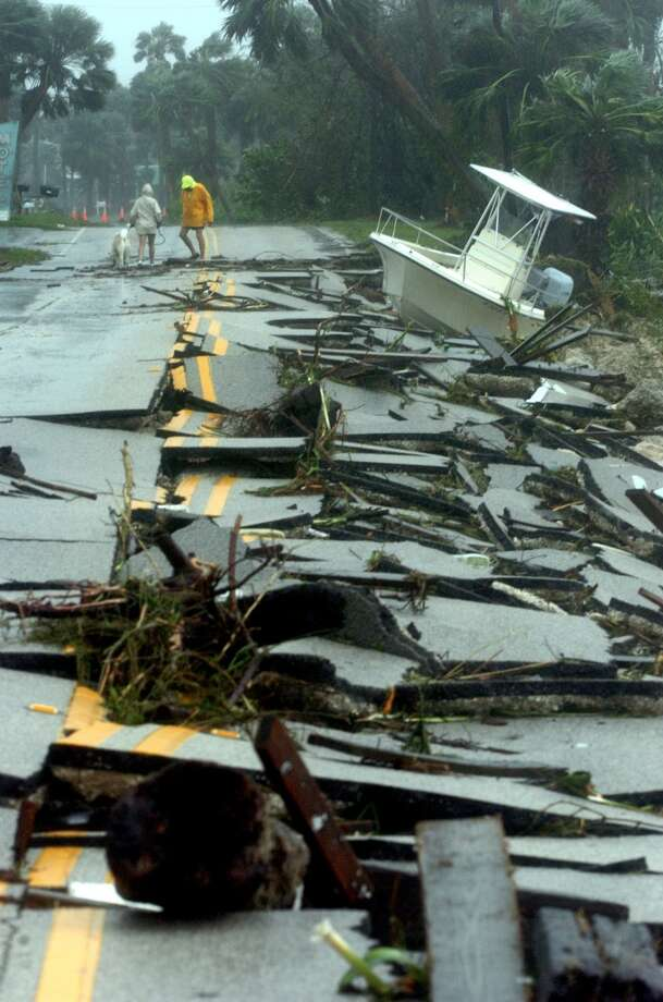 Hurricane Frances hit in 2004. Photo: DOUGLAS R. CLIFFORD, AP