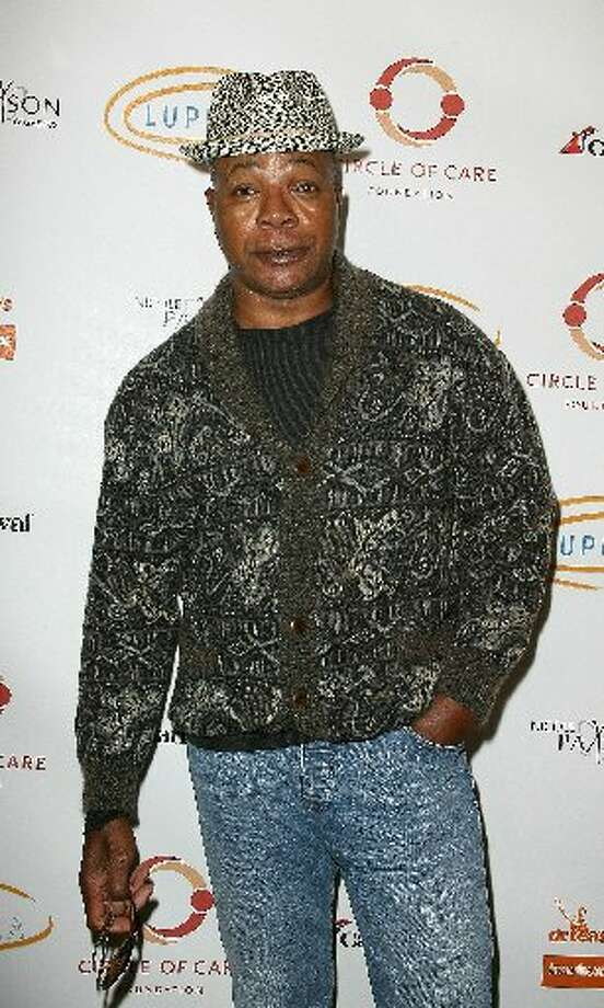 Carl Weathers (Carl Weathers):  •Co-starred in Michael Strahan sitcom Brothers (which took place in Houston) (2009)