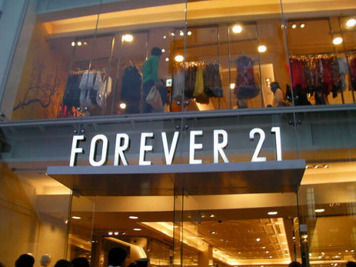 Trendy clothing store. Cheap clothing stores