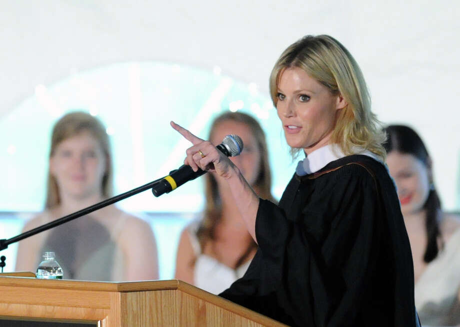 Actress Julie Bowen gave the commencement address during the Greenwich Academy graduation ceremony at the school in Greenwich, Thursday, May 23, 2013. Photo: Bob Luckey / Greenwich Time