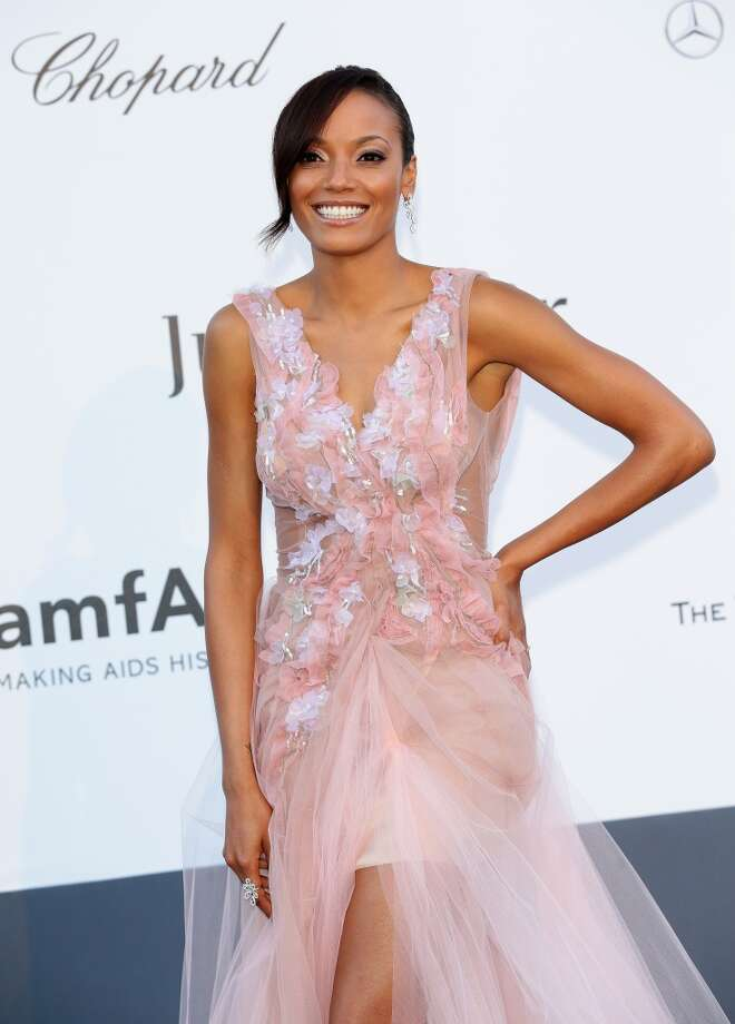CAP D'ANTIBES, FRANCE - MAY 23:  Model Selita Ebanks attends amfAR's 20th Annual Cinema Against AIDS during The 66th Annual Cannes Film Festival at Hotel du Cap-Eden-Roc on May 23, 2013 in Cap d'Antibes, France.  (Photo by Vittorio Zunino Celotto/French Select via Getty Images)