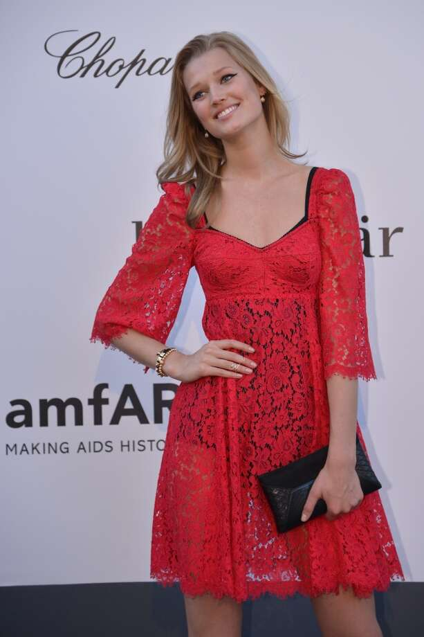 German model Toni Garrn poses on May 23, 2013 as she arrives for the amfAR's 20th Annual Cinema Against AIDS during the 66th Annual Cannes Film Festival at Hotel du Cap-Eden-Roc in Cap d'Antibes, southern France.   AFP PHOTO / ALBERTO PIZZOLIALBERTO PIZZOLI/AFP/Getty Images