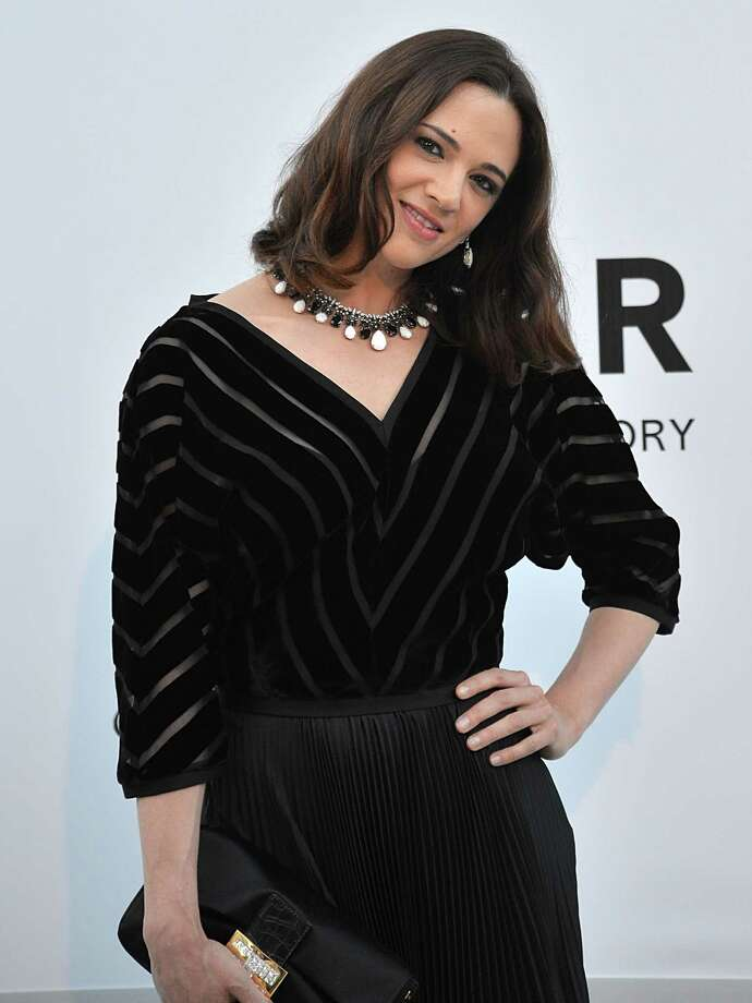 Actress Asia Argento poses as she arrives to attend the 2012 amfAR's Cinema Against Aids on May 24, 2012 in Antibes, southeastern France. Photo: ALBERTO PIZZOLI, AFP/Getty Images / AFP