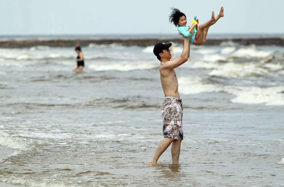 Memorial Day on Galveston Beach Photo: Mayra Beltran / © 2013 Houston Chronicle