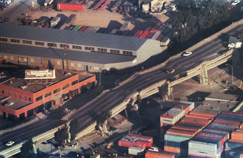 1989: The Cypress Street Viaduct, commonly known as the Cypress Structure, on Interstate 880 highway in Oakland, Calif. collapsed during the Loma Prieta earthquake, killing 42. Photo: CHRIS WILKINS, File / 2010 AFP
