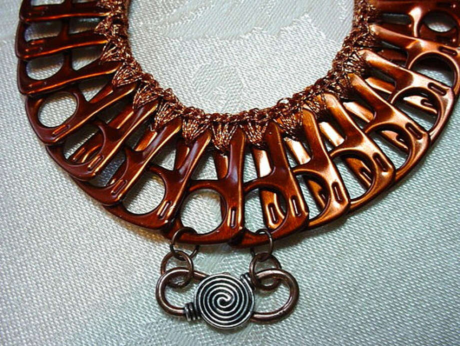 A coppery necklace