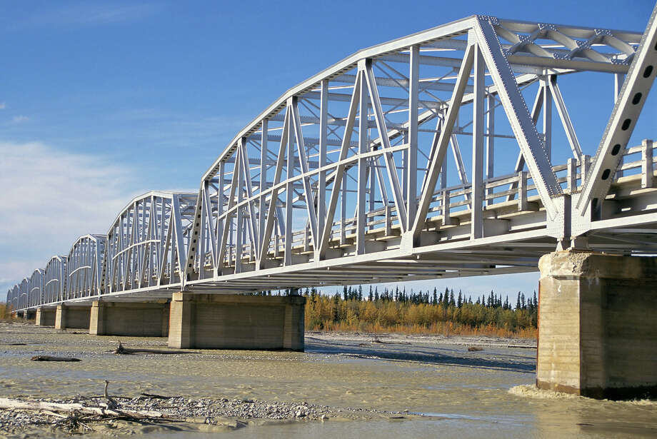 12.2% of Alaska bridges are deemed structurally deficient. Photo: Tony Waltham/Robert Harding, Getty Images/Robert Harding World Imagery / Robert Harding World Imagery