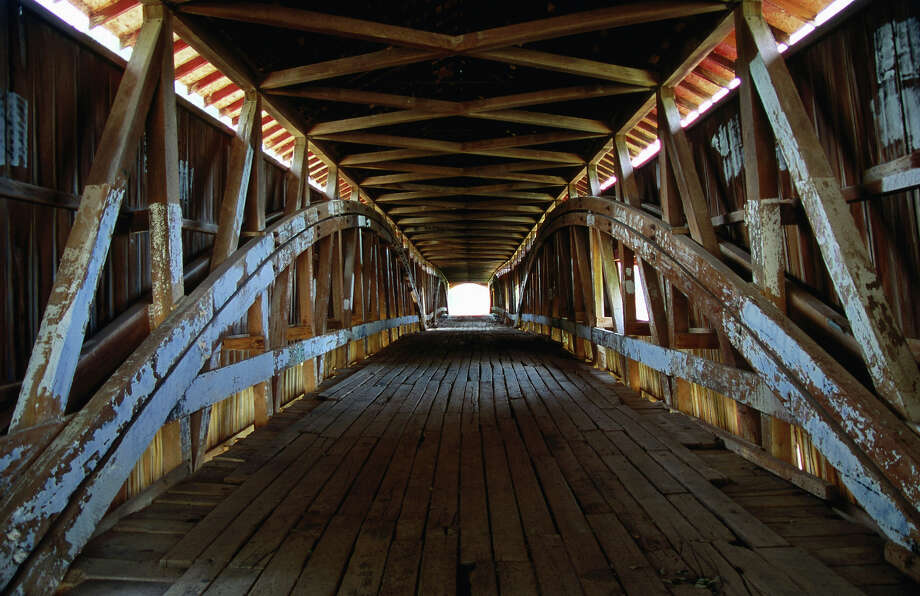 10.6% of Indiana bridges are deemed structurally deficient. Photo: Charles Cook, Getty Images/Lonely Planet Images / Lonely Planet Images